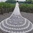Biely čipkovaný závoj svadobná nevesta kostolný závoj trojrozmerný kvetinový závoj