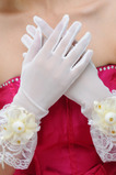 Slonovinové krátke priesvitné sáňové lišty plné prstové svadobné rukavice