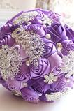 Purple diamant perl svadobné svadobné fotografie rozloženie dekorácie tvorivé držanie kvety