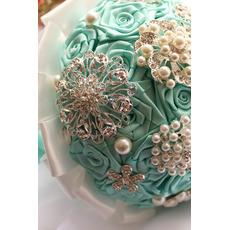 Diamantová perleťová ruka stuhových kvetov ruže nevesta kytice s kvetinou