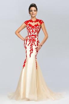 Elegantné Zamiesť vlak Pošva Výšivka Svadobné Čipkou Overlay Večerné šaty