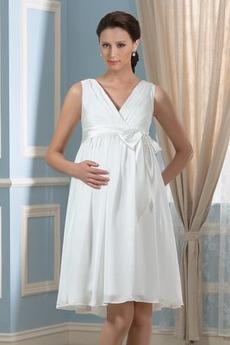 Zakúpte vlastnú kategóriu Kolená Svadobné šaty z online obchodu ... 2f93bdae1e