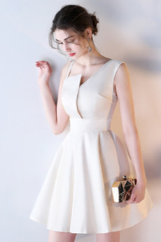 Skladaný Spadnúť A Riadok Atlas Elegantný Krátke Družičky šaty