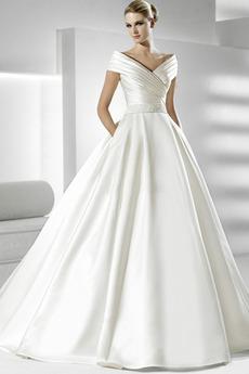 Ríša Elegantné Limitovaný rukávy Kaplnka vlak So závojom Svadobné šaty