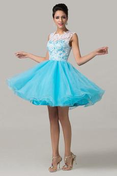 Vyberte vhodnú farbu Chýbať Stužková sukňa. Na našom webe 1 saty to ... de185237d0f