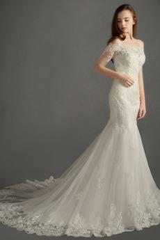 Zamiesť vlak Elegantné Zips hore Tyl Prírodné pása Svadobné šaty